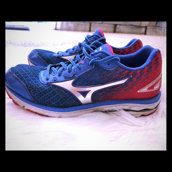 mens mizuno running shoes size 9.5 equivalent high jeans